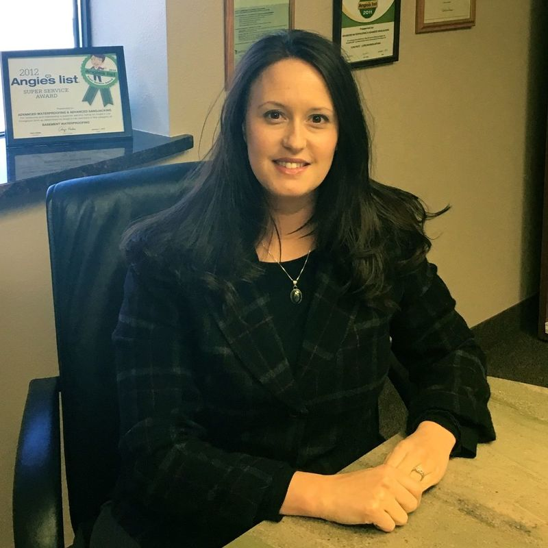 Image of Michelle Blomquist (Office Manager)